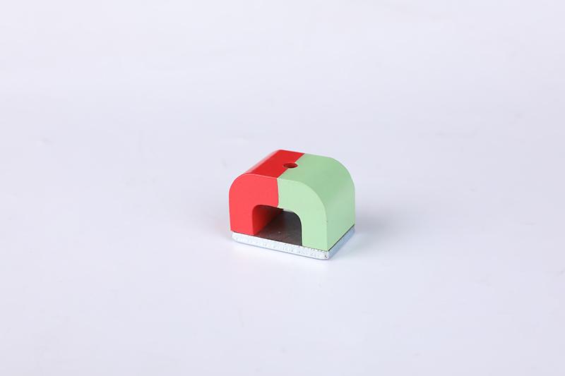 马蹄形磁铁2